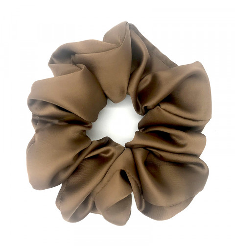 Stor scrunchie i satin brun