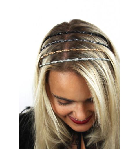 Diadem glitter i tvinnad design silver Tunt diadem dekorerat med glitter.
